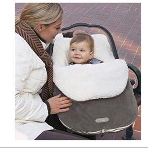 Infant bundle me by JJ Cole. Graphite grey.